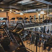 Fitnessstudio Laufbänder