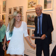 Katie Tunn receives the Contemporary Art Prize