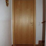 Porta in legno di abete