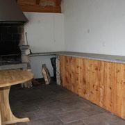 Cucina grottino in legno rustico