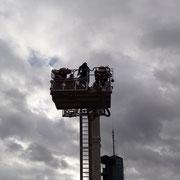 nun gehts schon 35 m hoch und es war ganz schön windig