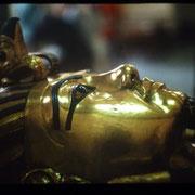 Rostro del 2ª ataud de madera enchapada en oro de Tutankhemen.Museo de El Cairo.