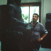 Frente a la estatua de diorita de Kefren ( Museo de El cairo )