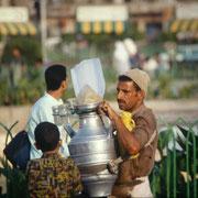Un aguatero en plaza Taharir,El Cairo.