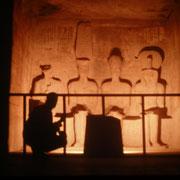 En el santuario del templo de Ramses II en Abu Simbel.