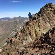 Ascesión Picos de los infiernos con Guía de Montaña