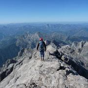 Peña Santa de Castilla o Torre Santa, Guía de montaña