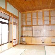 和室4.5帖には造り付けの家具があります