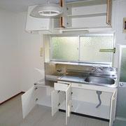 キッチンセット、上部、下部の収納