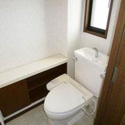 2階のトイレ(シャワートイレ)