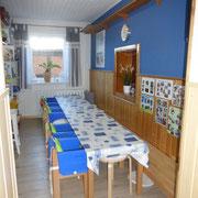 unser blaues Zimmer...Essen, Malen, Basteln, Puzzeln usw.