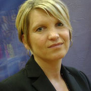 Frau Sabine Tuncel