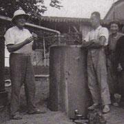Distillation de la lavande à Couet, en 1938.