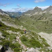 Dernière descente vers Aiguës-Cluses