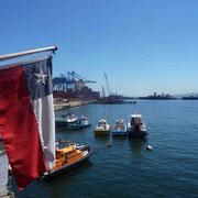 Port maritime commercial et militaire de Valparaiso