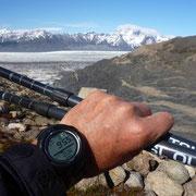 Pas très haut... mais bien au-dessus du gigantesque glacier         (+ 350 km de longueur)
