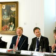 Dr. Bettina Baumgärtel, Prof. Dr. Robert Fuchs, Carl Grouwet, Prof. Dr. Gunnar Heydenreich; Düsseldorf SMKP, Pressekonferenz Präsentation Cranach Digital Archive, 03. Dezember 2009