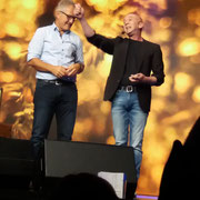 Zauberer Lindau, Comedy Zauberkünstler mit seiner Zaubershow, Tischzauberer für Hochzeit, Geburtstag, Firmenfeier,  jetzt buchen!
