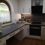 Küche inkl. Wasserkocher, Kaffemaschine,...