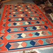 Konya Kelim neu, Pflanzenfarben, 294 x 196 cm, € 1.420,-