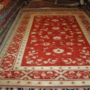 Konya, Pflanzenfarben, 285 x 214 cm, € 3.800,-