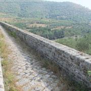 Ultimo piano, Ponti della Valle