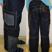 Jeans MORITZ, Größe 134/140, verschiedene Jeansstoffe, lässige Weite, große Sammeltaschen, Ziernähte
