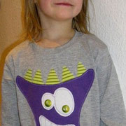 Langarmshirt MONSTER, Gr. 110, Baumwolljersey; Vorlage: april-kind.de