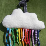 Greifling/ Babyspielzeug Regenbogen: Baumwollfleece und Jersey