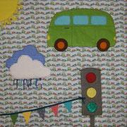 Babydecke 90x90cm: mit bespielbaren Elementen und unterschiedlichen Oberflächenstrukturen; Baumwolle, Flanell, Cord, Lamé