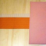 Wickelmatte BLAU: Wickelunterlage 40 mal 60 cm, Seitentaschen für Wechselsachen und Utensilien, klein zusammenfaltbar, Klettverschluß