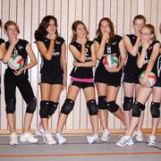 Von links: Lena, Lea, Christina, Selin, Sina, Leah, Lara, Lea
