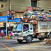Garbage Truck Baguio in LOW DYNAMIC RANGE ScooPhotography ©