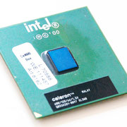 Intel Celeron 600 MHz Coppermine-128 SL3W8