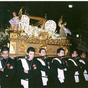 S. Entierro entrando a la Madre de Dios. Año 2000 (foto cedida por Esteban Casarrubios)