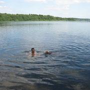 mit meinem Herrchen schwimmen - Klasse