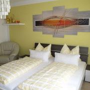 1 Schlafzimmer mit Doppelbett