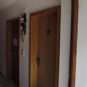 Gleich bei Eingang Gäste WC gehört zu Ferienwohnungen