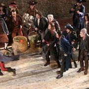 ROMEO ET JULIETTE (Gounod) Konzertvereinigung Wiener Staatsopernchor, Salzburger Festspiele 2008 (Photo: Kurier).