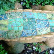 Rücken vom Gartenkrokodil