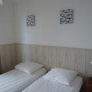 petite chambre 2 lits de 80 maisons de la baie de somme