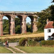 Direkt am Ouse Valley Viaduct zwischen Haywards Heath und Balcombe