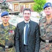 2014, après la passation de Cdt : Col Olivier Waché, OTL Christoph Kuhlmann, le maire Erik Pauly, le Cdt en second de la BFA Oberst gerhard Klaffus, le nouveau chef de corps du 292 OTL Alexander Stühmer.