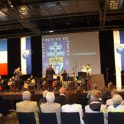 Réception dans la salle des fêtes de Donaueschingen organisée par la mairie le 23 juin 2014 au soir.