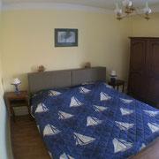 Cancale Vacances - Chambre Jaune 1