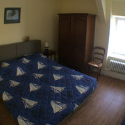 Cancale Vacances - Chambre Jaune 2