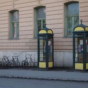 Vor dem Postpalais in der Jókai u.