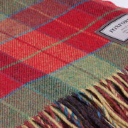 S. Fischbacher Living - Plaids/ Kuscheldecke von Foxford - Blocks Red and Green