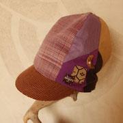 秋 優しい温かさに包まれれる背高帽子