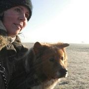 Adibo genießt die Winterluft